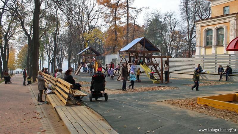 калужский парк, детская площадка