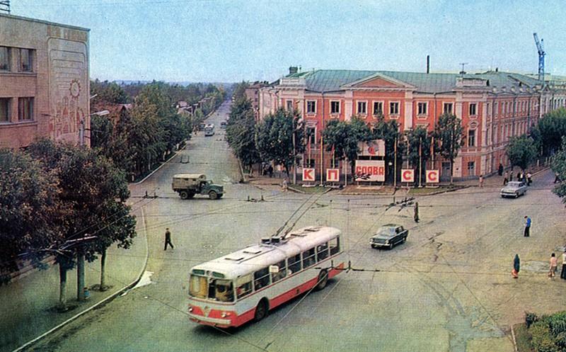 калуга, улица ленина, улица луначарского, улица дзержинского, КГПИ